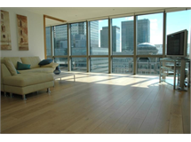 2 Bed Flats And Apartments in Canary Wharf property L2L388-610