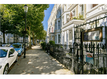 2 Bed Flats And Apartments in Earls Court property L2L388-1148