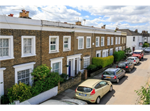 2 Bed House in East Sheen property L2L390-230