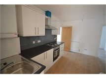 4 Bed House in Becontree Heath property L2L3914-991