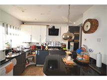 4 Bed House in Becontree Heath property L2L3914-1402