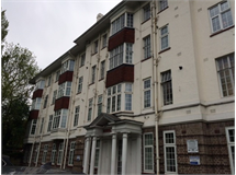 2 Bed Flats And Apartments in Twyford Abbey property L2L395-1893