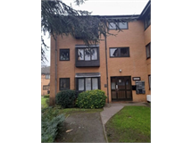 1 Bed Flats And Apartments in Acton Green property L2L395-4008