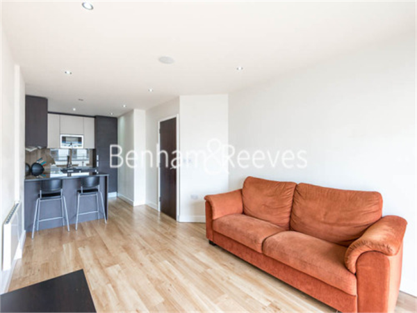 Property & Flats to rent with Benham and Reeves  (Beaufort Park) L2L397-256