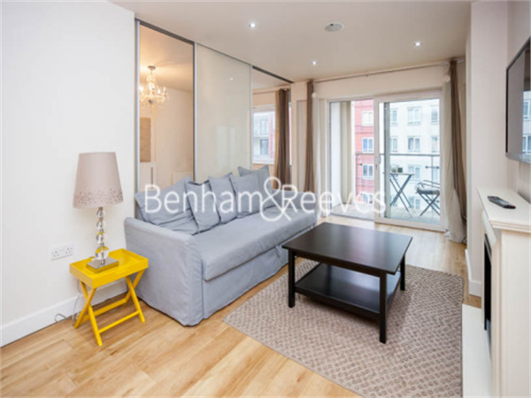 Property & Flats to rent with Benham and Reeves  (Beaufort Park) L2L397-174