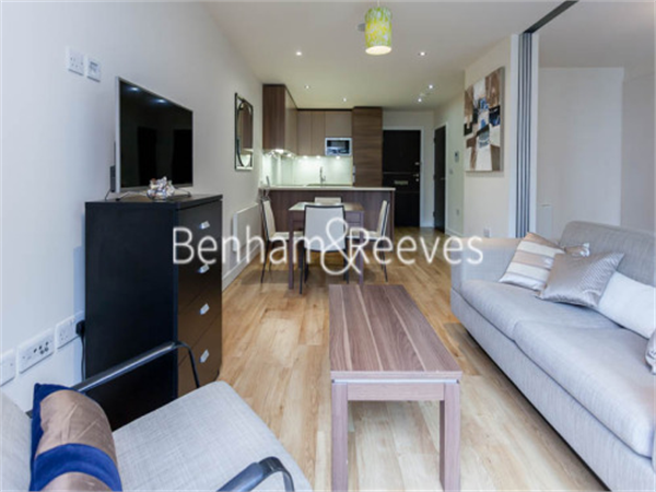 Property & Flats to rent with Benham and Reeves  (Beaufort Park) L2L397-214