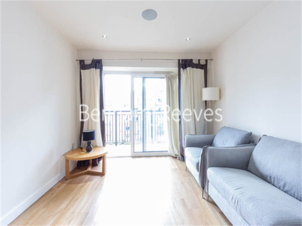 Property & Flats to rent with Benham and Reeves  (Beaufort Park) L2L397-478
