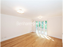 3 Bed Flats And Apartments in Belsize Park property L2L398-270