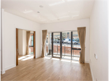 4 Bed Flats And Apartments in Golders Green property L2L398-201