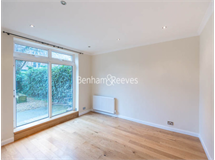 2 Bed Flats And Apartments in Hampstead property L2L398-495