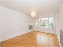 3 Bed Flats And Apartments in Camden property L2L398-559
