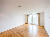 2 Bed Flats And Apartments in Parsons Green property L2L399-357