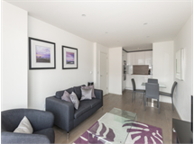 1 Bed Flats And Apartments in The City property L2L400-225
