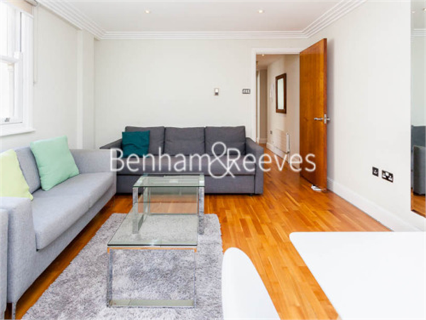 Property & Flats to rent with Benham and Reeves (City) L2L400-375