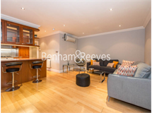 1 Bed Flats And Apartments in Queens Gate property L2L401-287