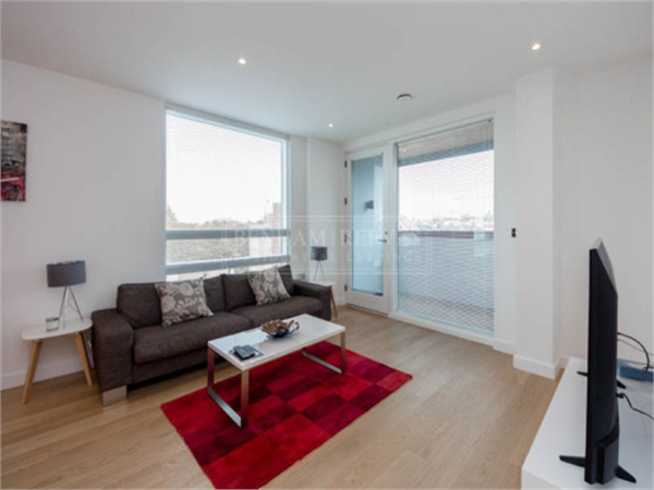 Property & Flats to rent with Benham and Reeves (Kensington) L2L401-329