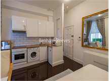 0 Bed Flats And Apartments in Queens Gate property L2L401-459