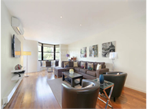 2 Bed Flats And Apartments in Kensington property L2L401-428