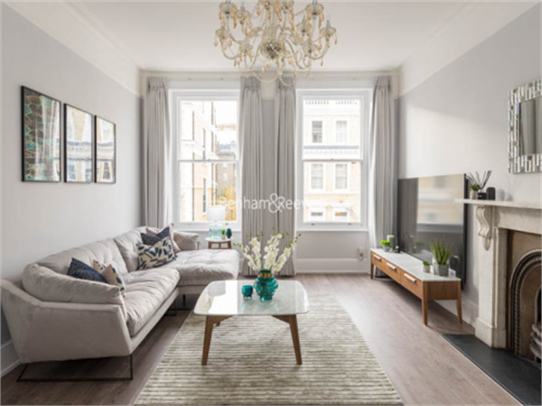 Property & Flats to rent with Benham and Reeves (Kensington) L2L401-439