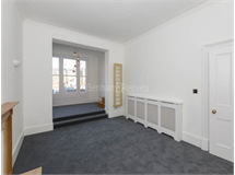 2 Bed Flats And Apartments in Queens Gate property L2L401-446