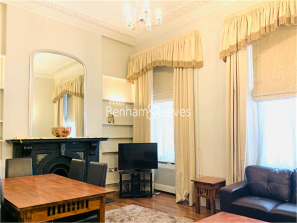 Property & Flats to rent with Benham and Reeves (Kensington) L2L401-468