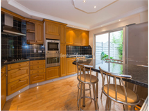 4 Bed House in West Kensington property L2L401-457