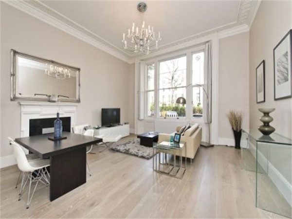 Property & Flats to rent with Benham and Reeves (Hyde Park) L2L402-138