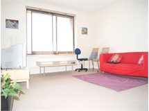 2 Bed Flats And Apartments in West Kensington property L2L402-376