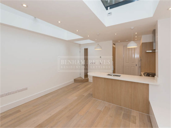 Property & Flats to rent with Benham and Reeves (Hyde Park) L2L402-337