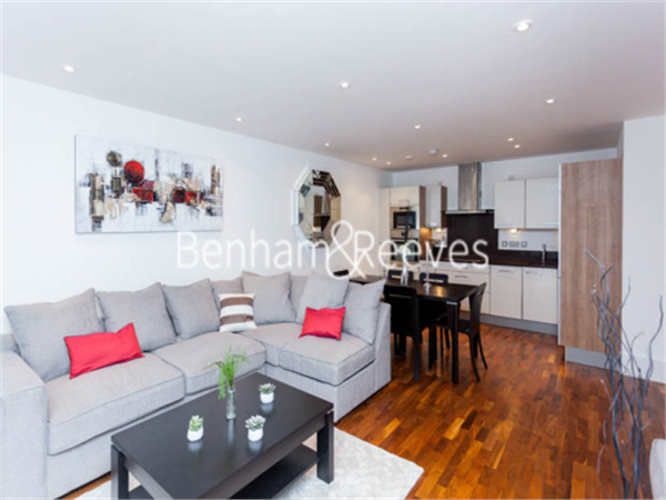 Property & Flats to rent with Benham and Reeves (Highgate) L2L403-353