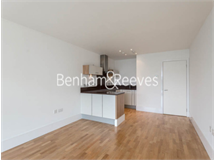 1 Bed Flats And Apartments in Highbury property L2L403-138