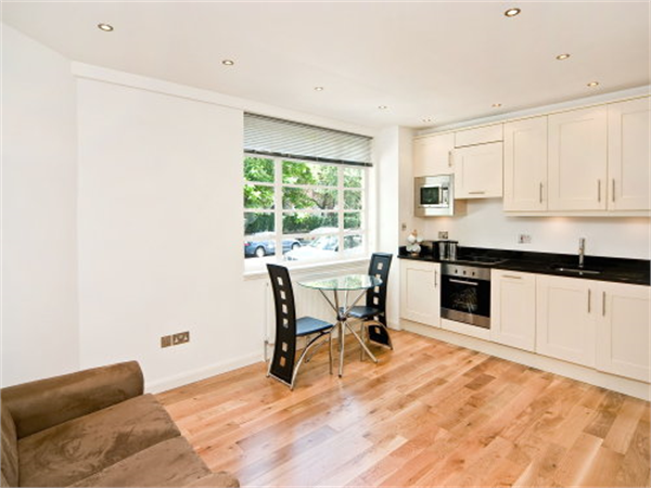 Property & Flats to rent with Benham and Reeves (Knightsbridge) L2L404-131