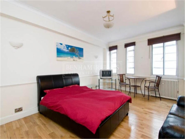 Property & Flats to rent with Benham and Reeves (Knightsbridge) L2L404-347