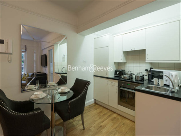 Property & Flats to rent with Benham and Reeves (Knightsbridge) L2L404-138