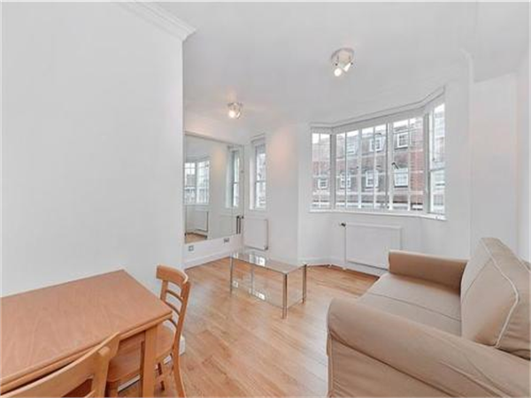 Property & Flats to rent with Benham and Reeves (Knightsbridge) L2L404-216
