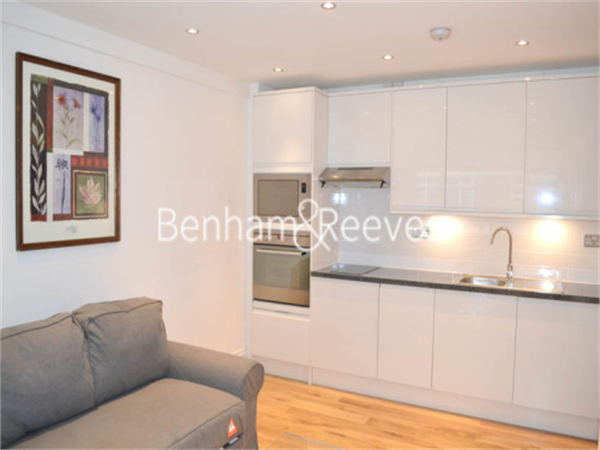 Property & Flats to rent with Benham and Reeves (Knightsbridge) L2L404-258