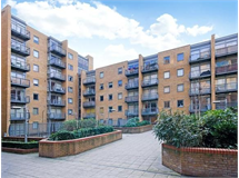 2 Bed Flats And Apartments in Canary Wharf property L2L4043-528