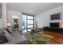 2 Bed Flats And Apartments in Canary Wharf property L2L4043-7331