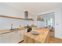 4 Bed House in Acton Green property L2L4053-100