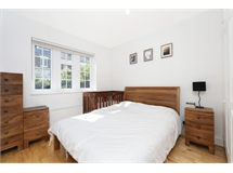 2 Bed Flats And Apartments in Turnham Green property L2L4053-1276