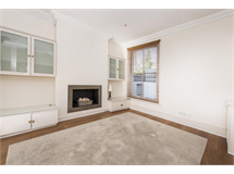 4 Bed House in Chiswick property L2L4053-655