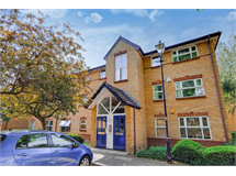 2 Bed Flats And Apartments in Acton Green property L2L4053-100