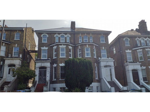 Property & Flats to rent with Key Location (Eltham) L2L408-126