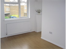 2 Bed Flats And Apartments in East Wickham property L2L408-135