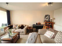 3 Bed Flats And Apartments in Brentford property L2L4085-1006