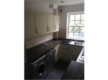 2 Bed Student in Surbiton Hill property L2L412-349