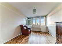 3 Bed Flats And Apartments in Oval property L2L414-1017