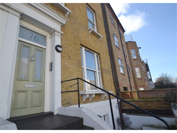 Property & Flats to rent with JT Clarke London (Queens Road) L2L4182-737