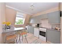 2 Bed Flats And Apartments in West Kensington property L2L421-596