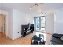 1 Bed Flats And Apartments in Barons Court property L2L421-607